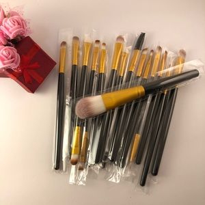 Other - 15Pc's Makeup Brushes Set